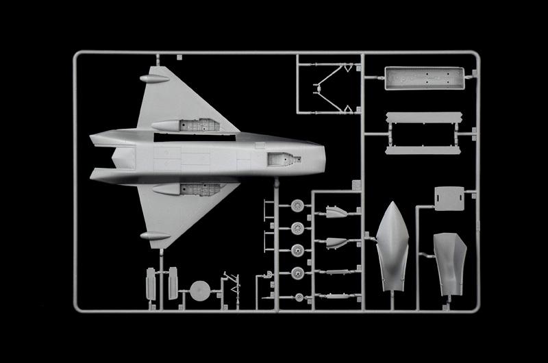 ITALERI Project JSF X-32 /& X-35B 1419 1:72 Aircraft Model Kit