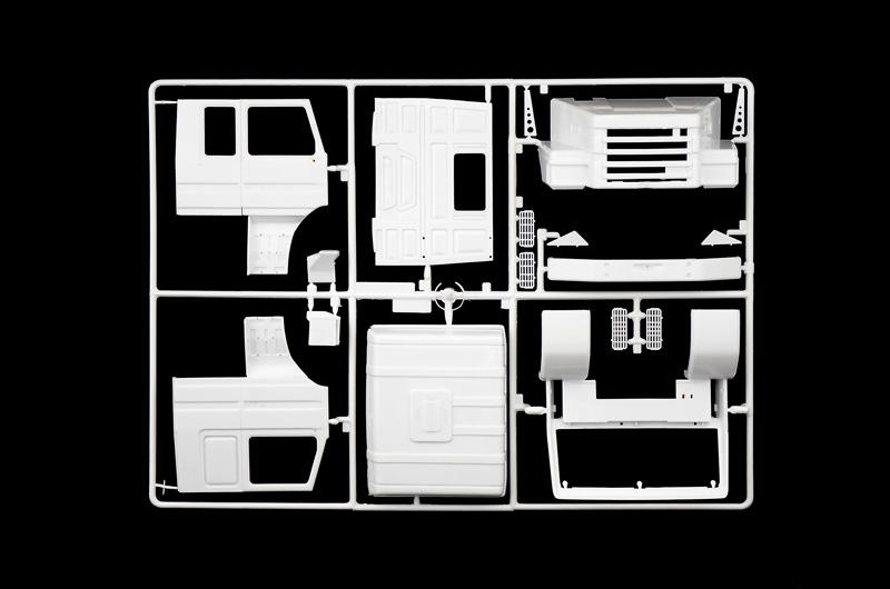 ITALERI 3937 Scania T143H 6x2 1:24 Truck Model Kit